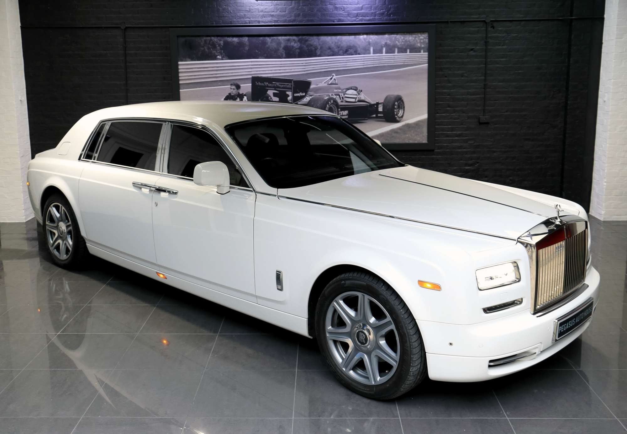 rhd rolls royce phantom series ii ewb pegasus auto house. Black Bedroom Furniture Sets. Home Design Ideas