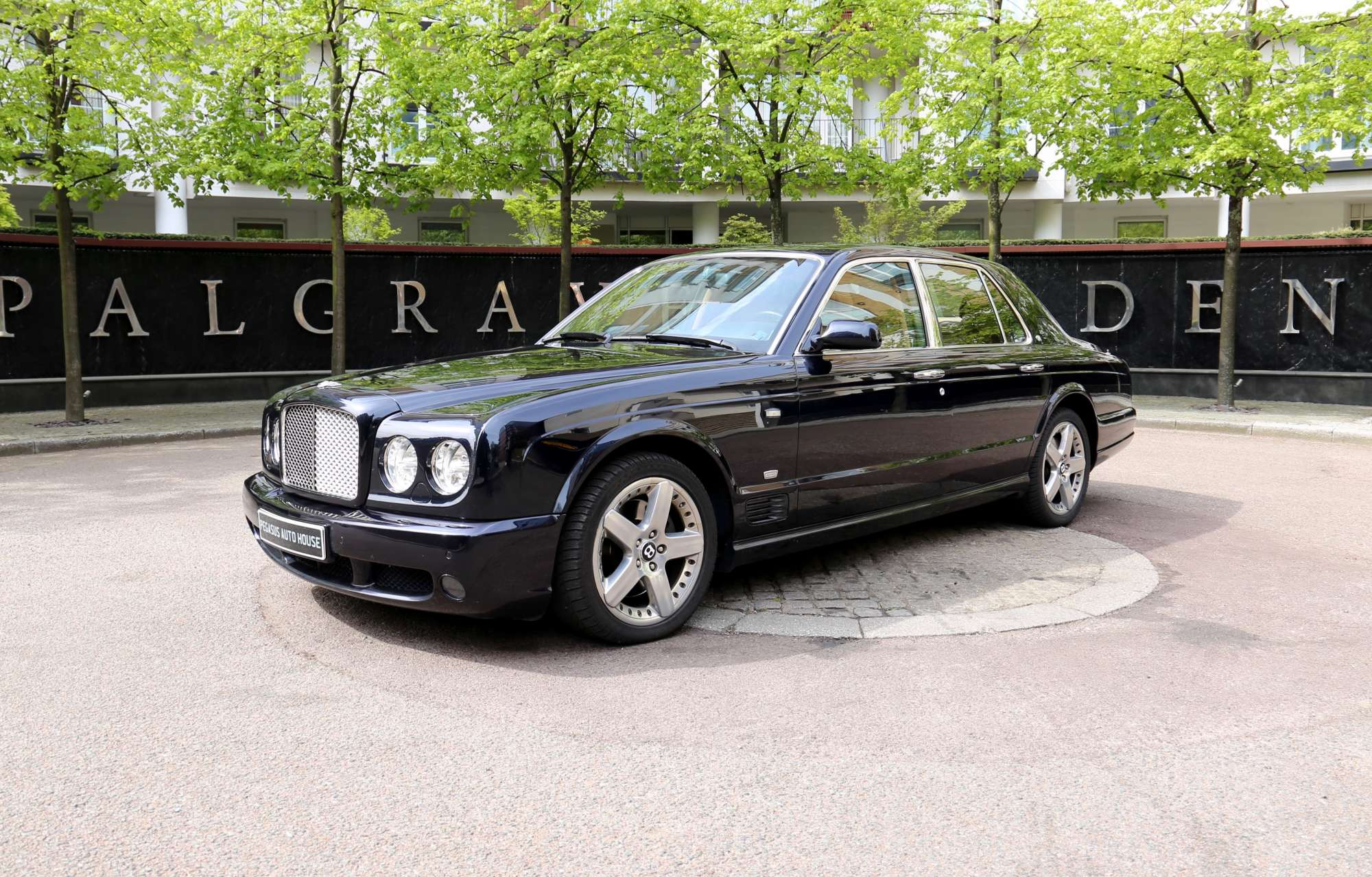 t richmonds for prestige sale and portfolio arnage classic silver black bentley label